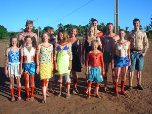 Three daughters, two sons-in-law, five granddaughters, and three grandsons.